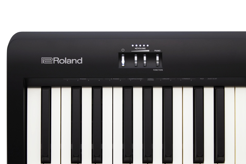 Roland FP-10 BK SetKSCFP10 Kopfhörer Holz-Klavierbank Sustain-Flossenpedal