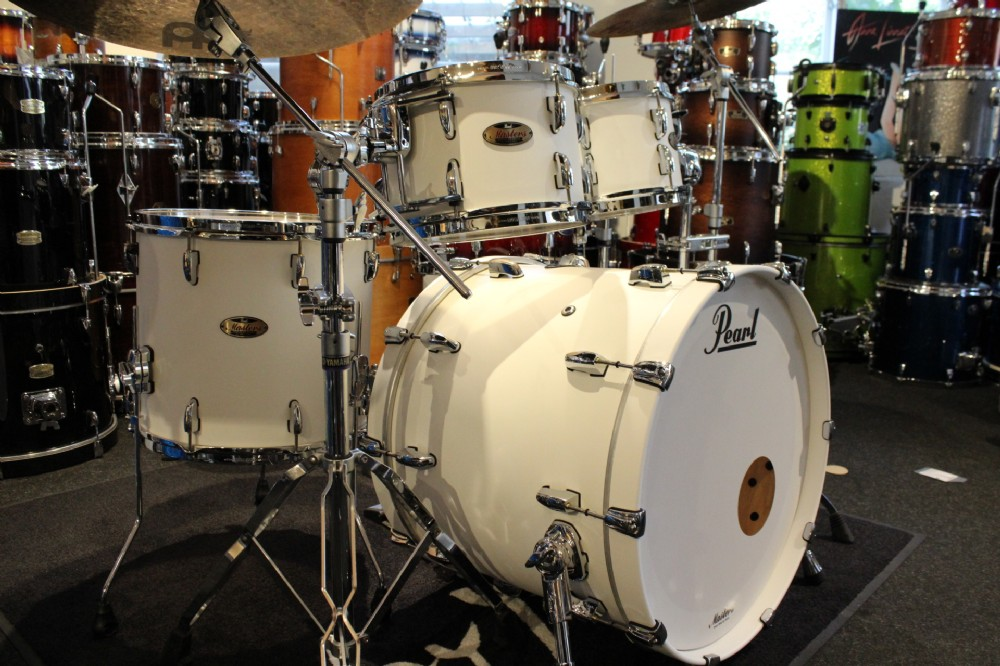 Image of   Pearl Masters Maple Reserve Trommesæt